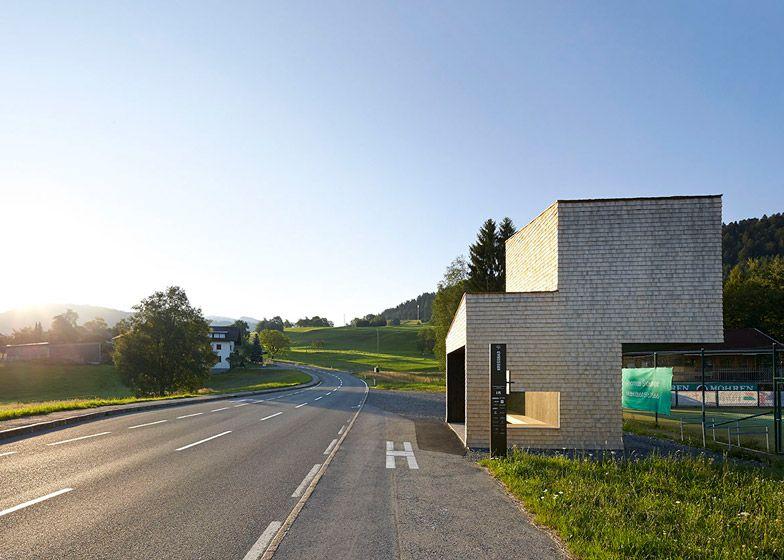 Bus-Stops-in-Krumbach-Austria_dezeen_784_16