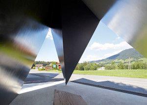 Bus-Stops-in-Krumbach-Austria_dezeen_784_8